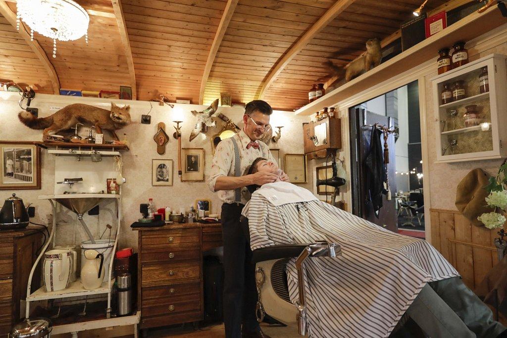 Barber-47381.jpg