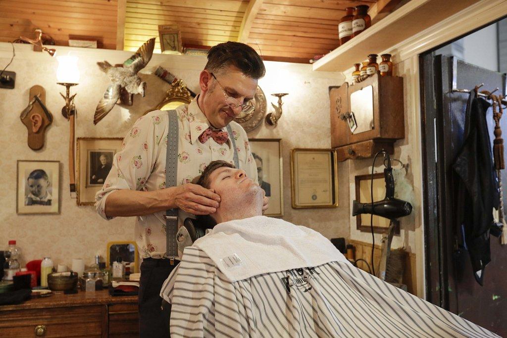 Barber-47391.jpg