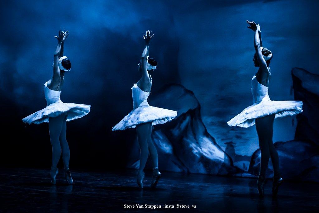 Moscow-City-Ballet-13-STEVE-VAN-STAPPEN-copyright-exclusive-rightjpgjpg.jpg