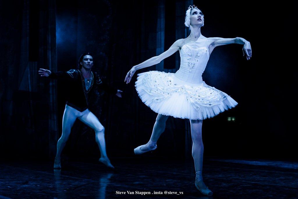Moscow-City-Ballet-15-STEVE-VAN-STAPPEN-copyright-exclusive-rightjpgjpg.jpg