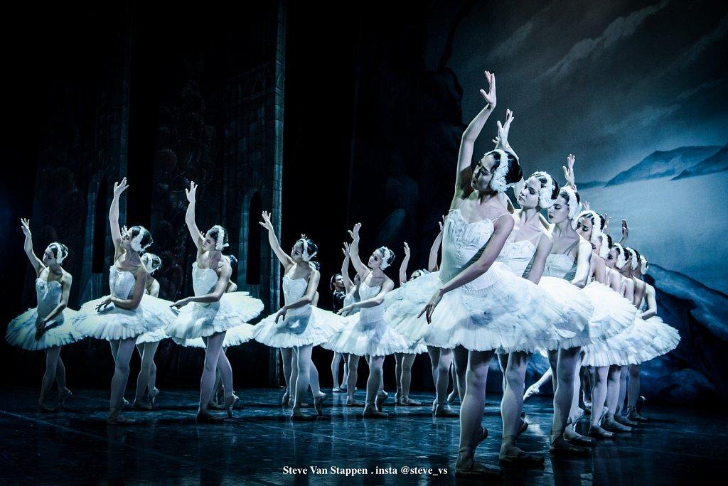 Moscow-City-Ballet-16-STEVE-VAN-STAPPEN-copyright-exclusive-rightjpgjpg.jpg