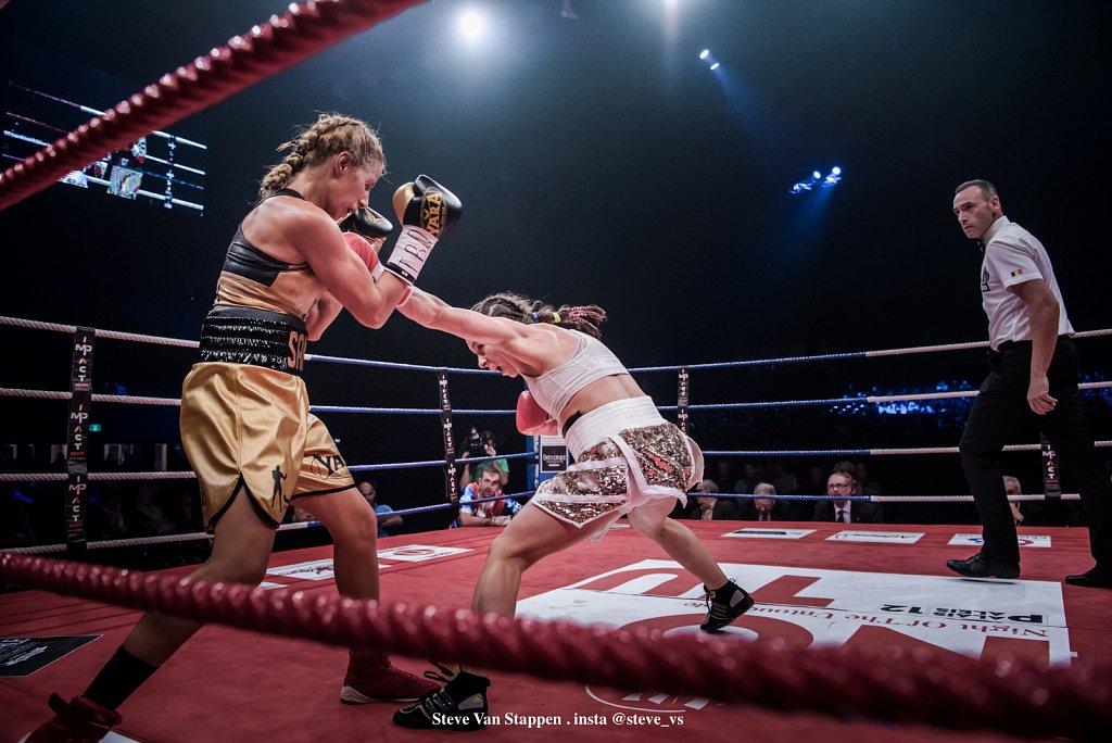boxe-21-STEVE-VAN-STAPPEN-copyright-exclusive-rightjpgjpg.jpg
